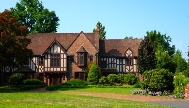 Preferenza Six-Bedroom Tudor on Westwood Sells for $1.62 Million - We-Ha  JC56