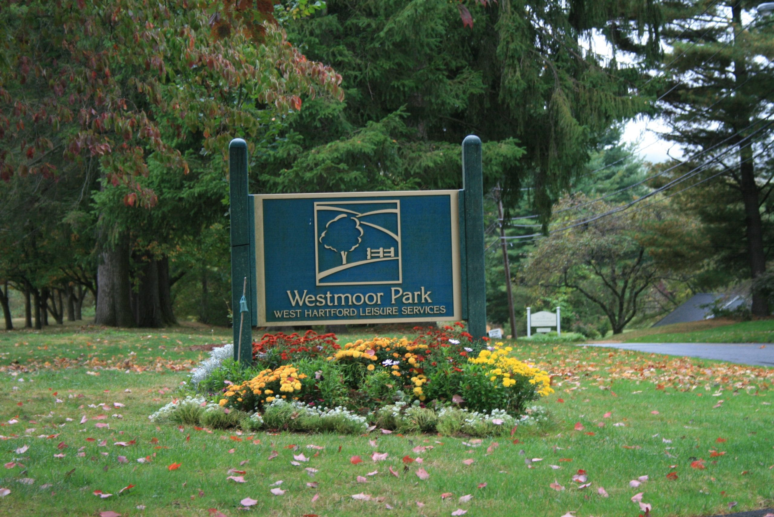 Westmoor Park sign
