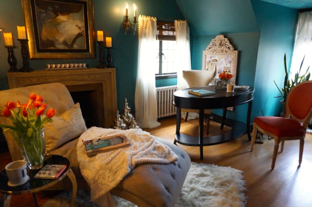 Nilsen Design's 'dream office' with its teal walls is a dramatic yet cozy space. 2015 Junior League Decorator Show House. Photo credit: Ronni Newton