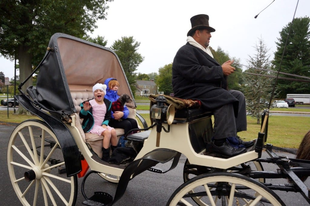 Make A Wish Sends Horsedrawn Carriage For Princess Kiley