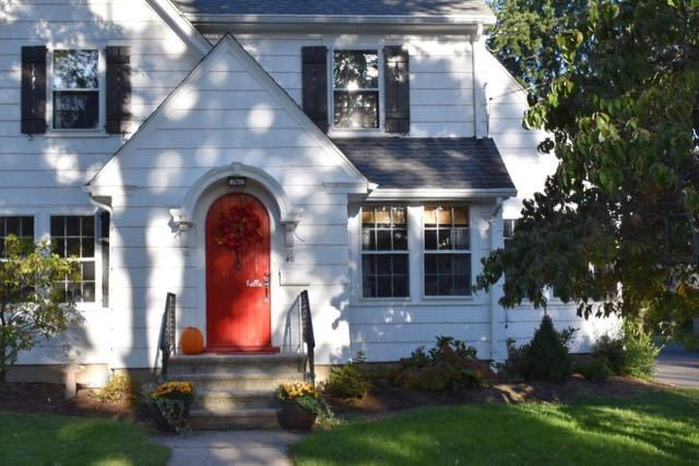 A West Hartford door photographed last fall. Photo credit Deb Cohen & How Taking Pictures of Doors Has Changed My Life - We-Ha | West ...