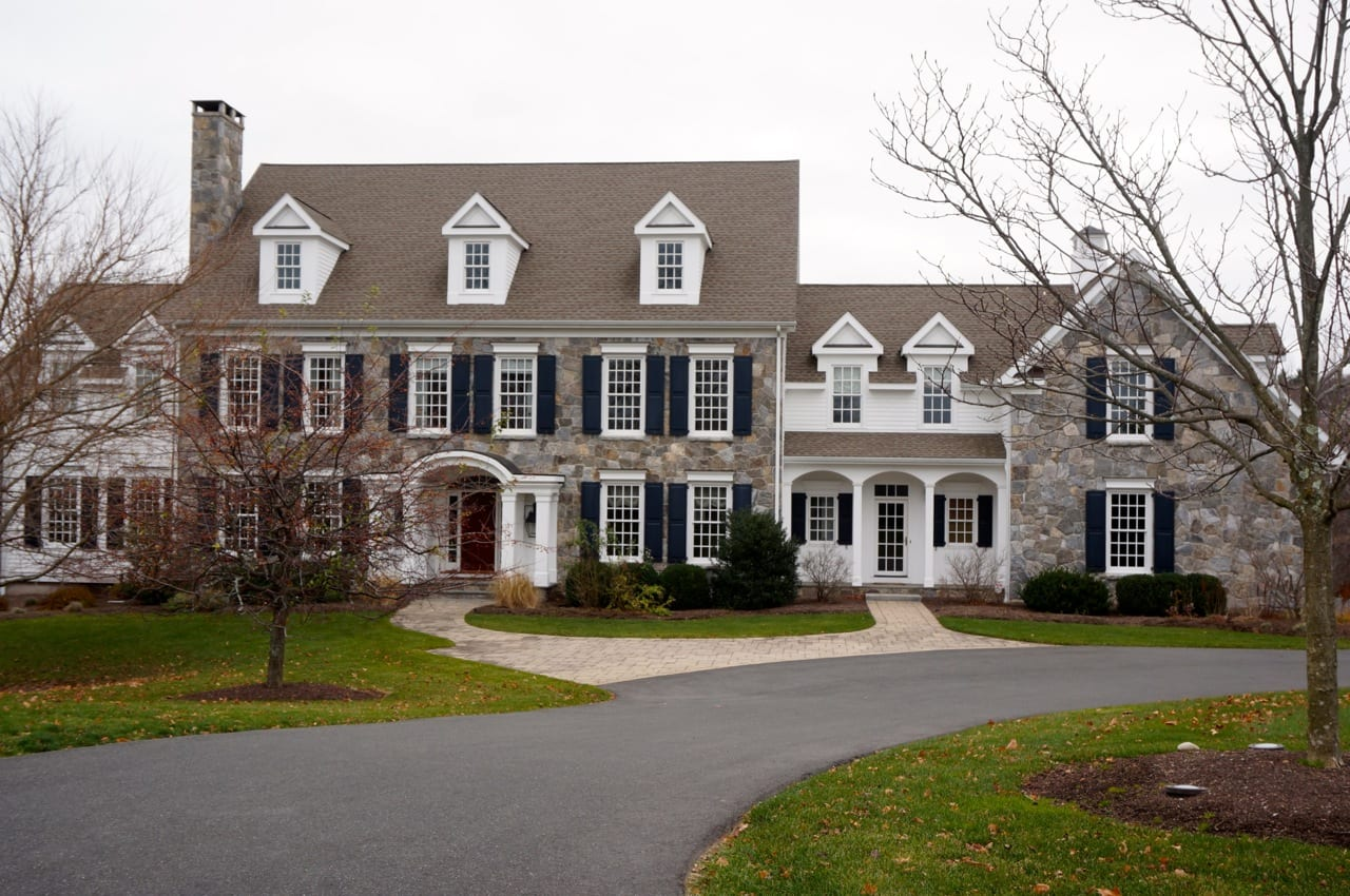 Five Bedroom Home On Old Stone Crossing Sells For 1 3 Million We Ha West Hartford News