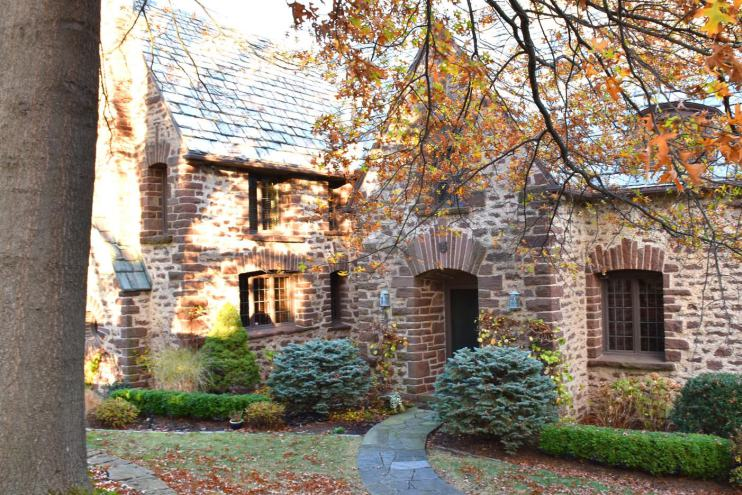 Another view of the same home. The stonework is stunning. Photo credit: Deb Cohen