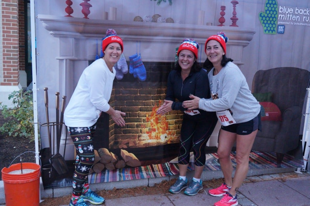 "Many runners posed in the ""selfie station"" after the race. HMF Blue Back Mitten Run, West Hartford, Dec. 6, 2015. Photo credit: Ronni Newton"