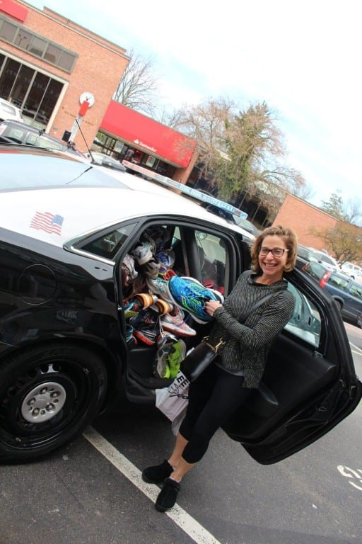 West Hartford Deputy Mayor Shari Cantor makes a donation. Courtesy photo