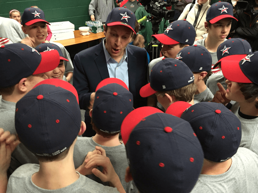 After taking a selfie with the entire team, U.S. Sen. Chris Murphy chats with the West Hartford teens as they prepare to leave for their trip to Cuba. Photo credit: Ronni Newton
