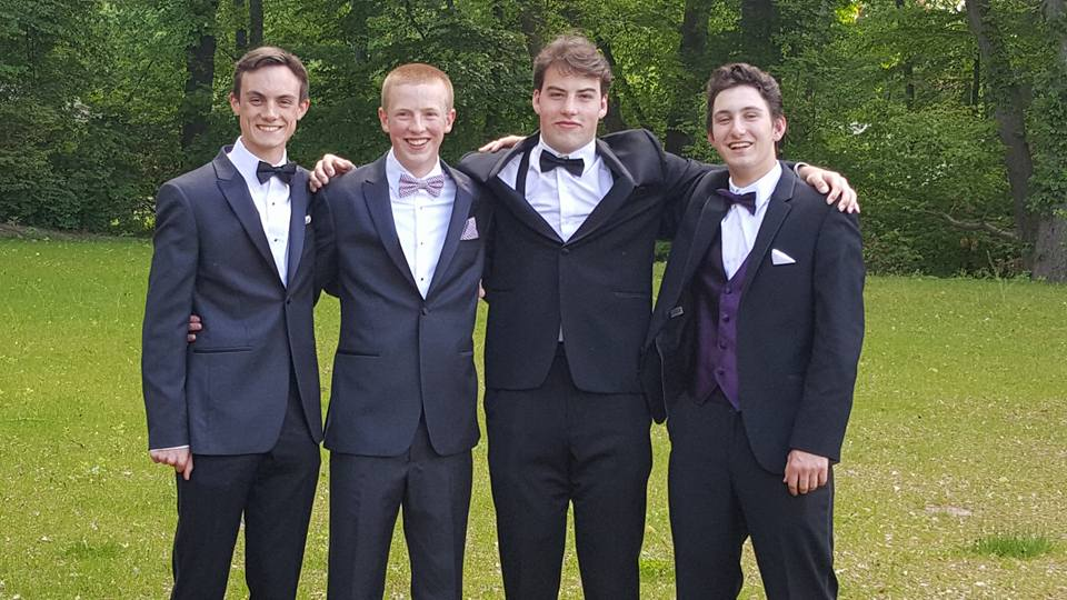 Conard High School Junior Prom. May 20, 2015. Photo courtesy of Kirsten Floyd