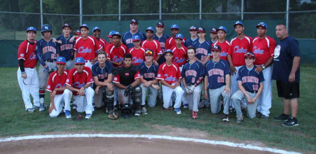 Team Cuba and West Hartford Havoc. Photo credit: Gary Cohen