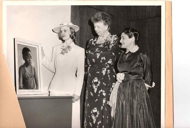 Sylvia Davis Patricelli, Eleanor Roosevelt and Beatrice Fox Auerbach – Patricelli exhibit opening, 1951. Submitted image