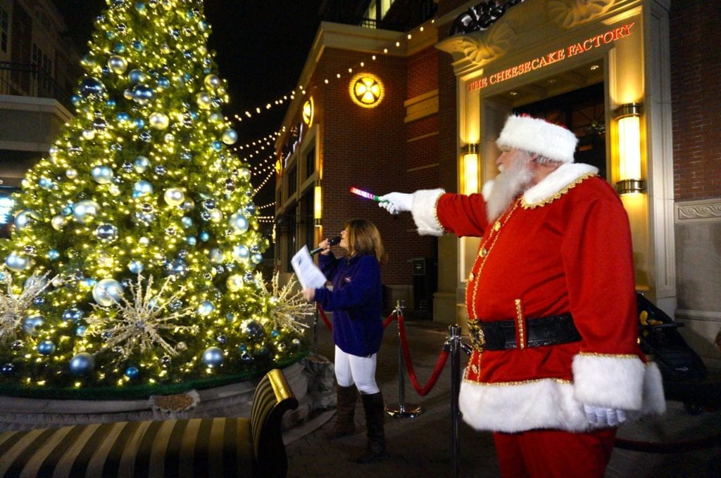 Santa lights the Blue Back Square tree at the West Hartford Holiday Stroll, Dec. 1, 2016. Photo credit: Ronni Newton