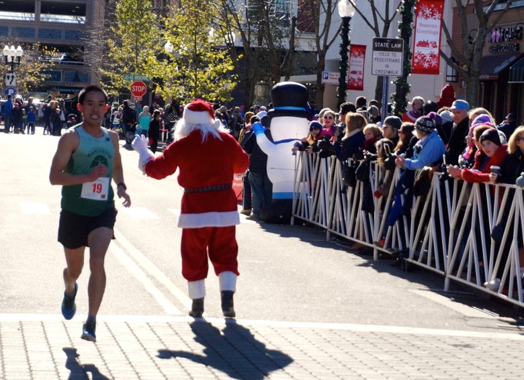 Shizhong Yang of West Hartford finished 11th overall. HMF Blue Back Mitten Run, West Hartford, Dec. 4, 2016. Photo credit: Ronni Newton