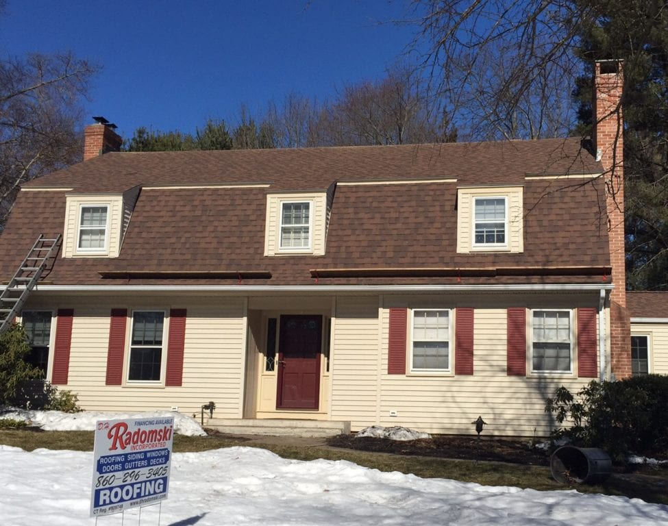 150 Cliffmore Rd., West Hartford, CT, recently sold for $440,000. Photo credit: Ronni Newton