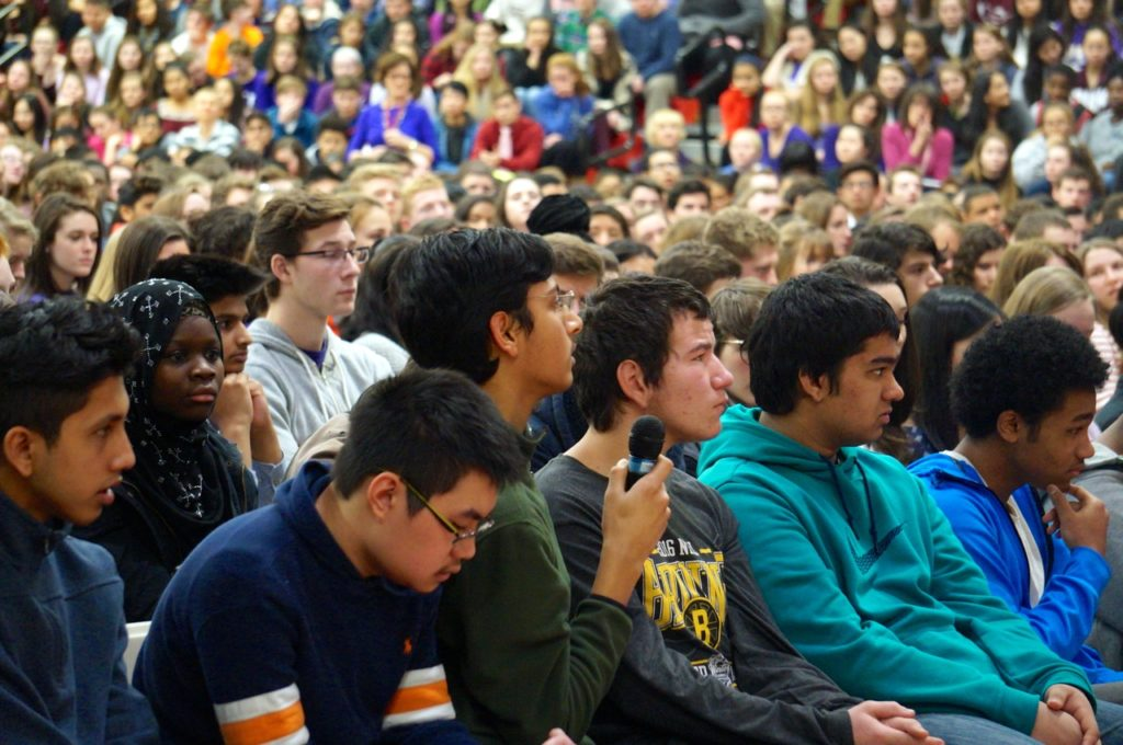 Conard students take the opportunity to ask questions of Chris Herren during a Feb. 14, 2017, program. Photo credit: Ronni Newton