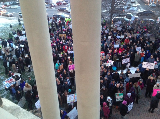 West Hartford Rally for Immigrant and Refugee Rights. Feb. 1, 2017. Photo credit: Helen Rubino-Turco