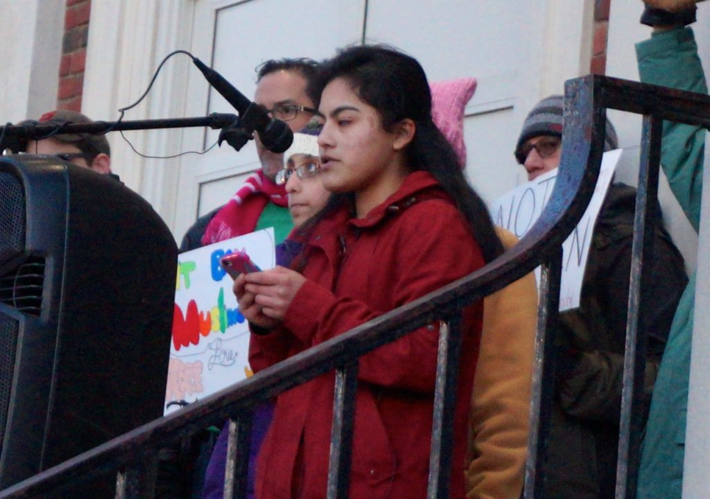 Gabriela Valdiglesias. West Hartford Rally for Immigrant and Refugee Rights. Feb. 1, 2017. Photo credit: Ronni Newton