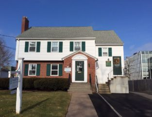 8 Arapahoe Rd. was recently sold by J&P McKenna LLC to Lexham Arapahoe Road LLC. Photo credit: Ronni Newton