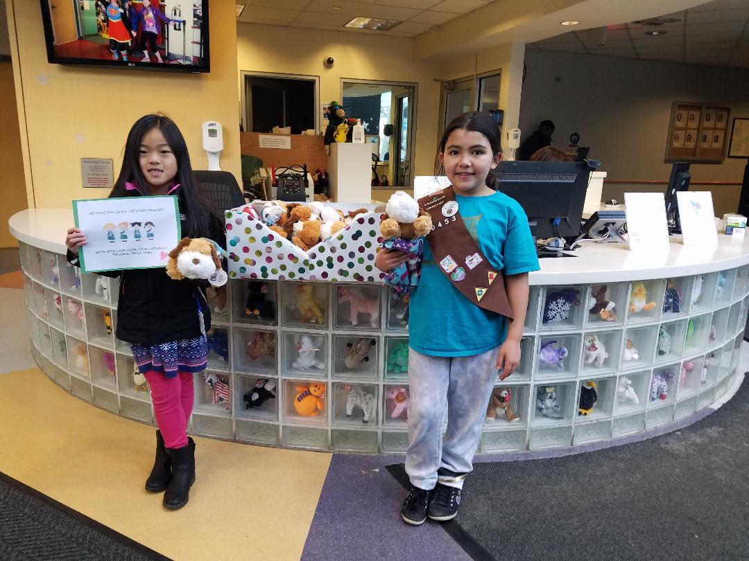 west hartford girls scouts make gifts for hospital